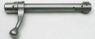 Блокировка: на головке цилиндра затвора имеются два выступа.