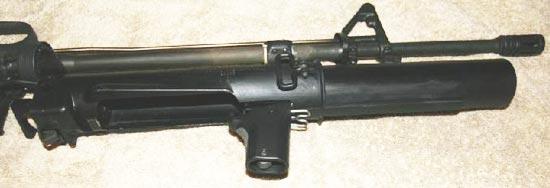 XM148 при перезаряжании