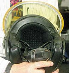 Защитный шлем РВ-308, предназначенный для спецподразделений полиции. Может оборудоваться средствами связи