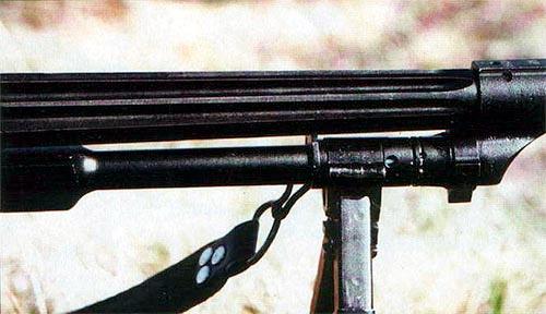 Изначально предполагалось, что массивный рифленый ствол единого пулемета ПК будет иметь большую жесткость при стрельбе и интенсивнее охлаждаться, по сравнению с обычными стволами. В действительности же, эффективность рифления оказалась незначительной, а стоимость изготовления такого ствола – намного выше