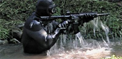 Из штурмовой винтовки НК 416 можно стрелять сразу же, как только ее достанут из-под воды