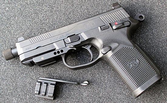 FNX™-45 и Speed Ledge