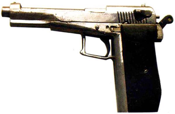 Образец необычного трофейного оружия, изъятого на Северном Кавказе