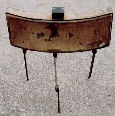 M18 – одна из немногих американских мин, получивших имя собственное – Claymore. Так назывался легендарный шотландский меч, обеспечивавший владельцу победу над любым врагом