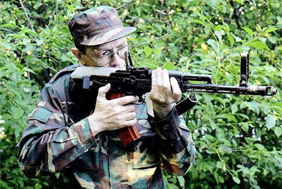 Управление предохранителем-переводчиком при стрельбе