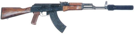 серийный автомат Калашникова модернизированный АКМ с прибором для бесшумной стрельбы ПБС-1