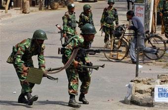 Бангладеш - охотиться негде, но население охотно покупает оружие