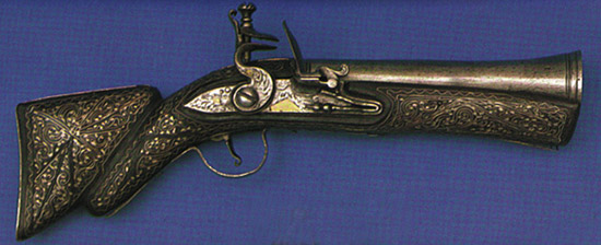 Маленькие мушкетоны, бытовавшие в Османской империи. Их боевые характеристики весьма несовершенны, и неудивительно: основное предназначение этого оружия декоративное.