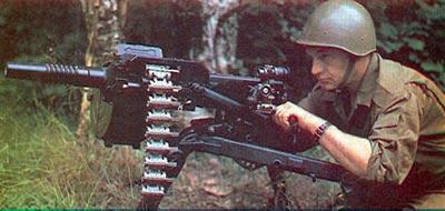 30-мм автоматический гранатомет АГС-17 со снаряженной патронной лентой на <a href='https://arsenal-info.ru/b/book/2633435995/35' target='_self'>огневой позиции</a>
