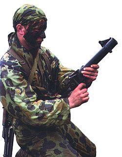 Польский спецназовец с легким гранатометом wz.1983 «PALLAD-D»