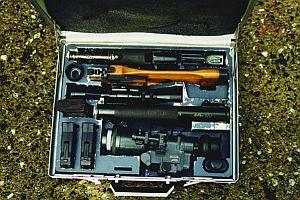 9-мм винтовка ВСС, упакованная в чемоданчик типа «дипломат»