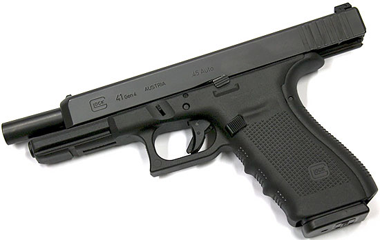 Glock 41 на <a href='https://arsenal-info.ru/pub/art/2446' target='_self'>затворной задержке</a>