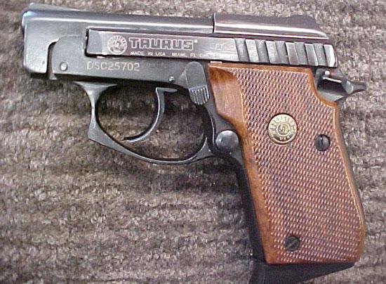 Taurus PT 25 (ранний вариант)