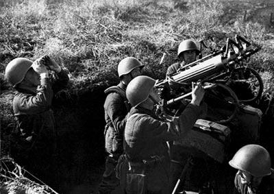 7,62-мм комплексная счетверенная <a href='https://arsenal-info.ru/b/book/3005399322/33' target='_self'>зенитно-пулеметная</a> установка образца 1931 года. Москва. 1942 год