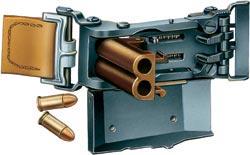 Двуствольная «Пряжка» Л. Маркуса готова к выстрелу. Оба ствола выполнены под пистолетный патрон типа 7,65х17, но нарезов не имеют