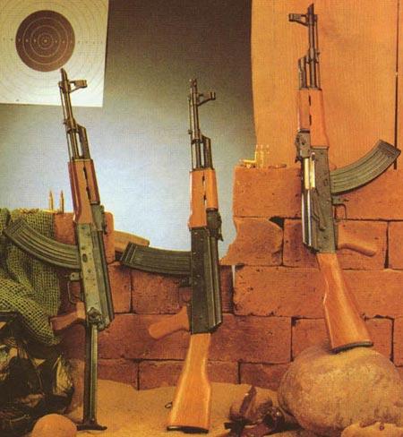 Type 56-1, Type 84S, Type 56 (слева-направо)