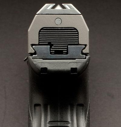 вид на <a href='https://arsenal-info.ru/b/book/2966502025/19' target='_blank'>прицельные приспособления</a> серии Steyr M-A1 и Steyr S-A1