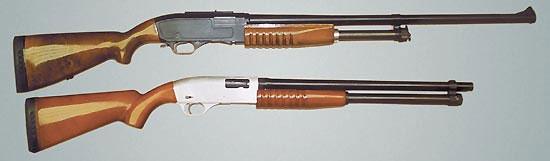 Самый первый вариант «Бекаса» и помповое ружьё калибра 16х35 спроектированное в Подольске (вверху) и изготовленное в Вятских Полянах Именно оно подтолкнуло конструкторов «Молота» к созданию «Бекаса»