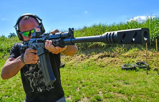 Тестированное ружье Сайга 12 KCC было оборудовано коллиматорным прицелом Vomz Pilad 1x42