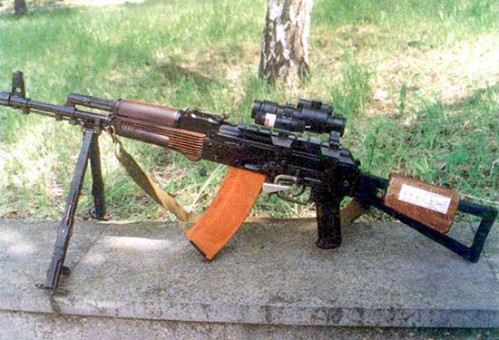 Сошка для автомата с оптическим прицелом ПО 3,5x17,5 – еще одна попытка увеличить точность стрельбы
