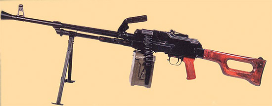 7,62-мм единый пулемет Калашникова на сошке. Ротный вариант. Опытный образец 1960 г Второй вариант