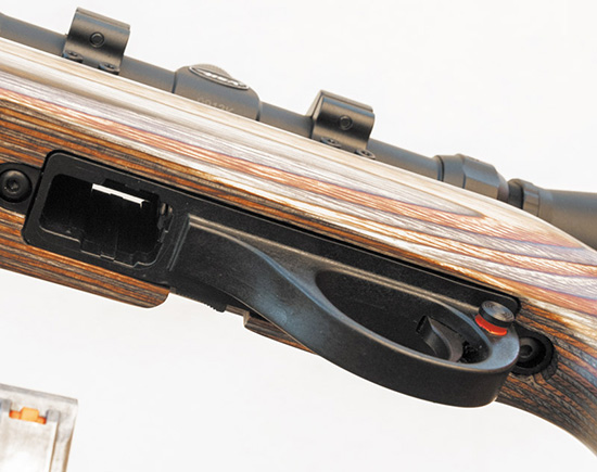 Стрелок может использовать как стандартные, так и увеличенные магазины