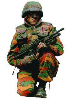 Бельгийский пулеметчик с ручным пулеметом FN Minimi РАRА