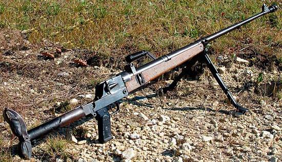 ПТР PzB 39 в боевом положении