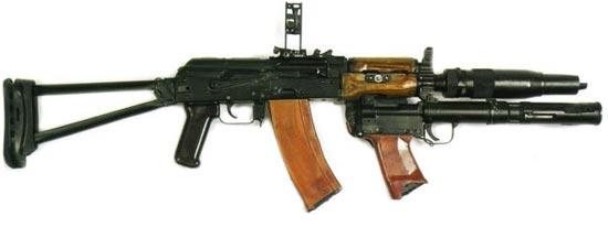 стрелково-гранатометный комплекс 6С1 «Канарейка» автомат АКС-74УБ, глушитель ПБС-4, подствольный гранатомет БС-1М (гранатометный прицел в боевом положении)