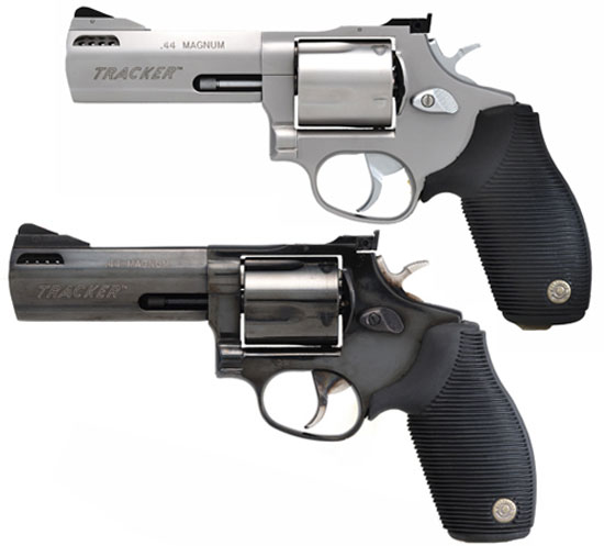 Taurus M44 Tracker 4SS (сверху) Taurus M44 Tracker 4B (снизу)