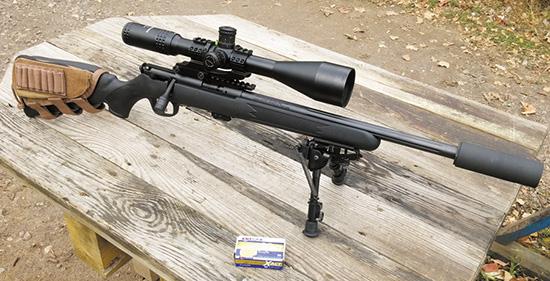 Savage Mark II FV-SR в тактическом «обвесе». С первого взгляда в подобном оружии сложно узнать доступную малокалиберную винтовку