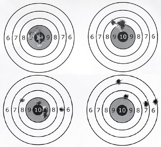 Результаты тестового отстрела винтовок на дистанции 50 м (вверху) и 100 м. Слева — Mark II FV-SR, справа — Mark II FVXP
