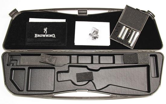 В725 — «встречают по одежке». Удобный пластиковый кейс — приятный довесок к отличному ружью.