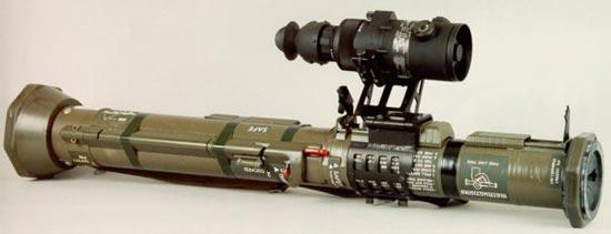 Гранатомет АТ-4 с ночным прицелом на специальном быстросъемном кронштейне