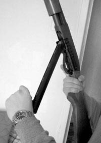 Заряжание ружья с помощью системы TecLoader