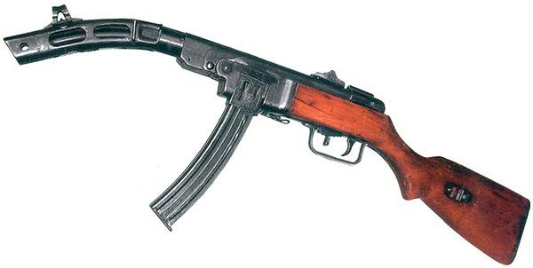 7,62-мм пистолет-пулемет Шпагина ППШ с искривленным на 30 град. каналом ствола. Опытный образец (вид слева)