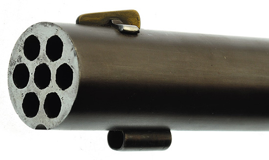 Один ствол — семь каналов, такое нарезное ружье, даже по меркам начала XX века, было очень сложно в производстве.