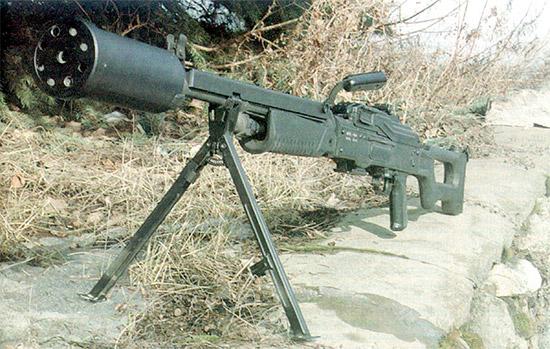 Пулемет АЕК999 с ПМС – прибором для малошумной стрельбы