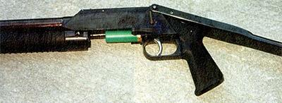 Узел запирания ружья «Рысь-Ф». Ствол сдвинут вперед, очередной патрон опустился на линию досылания, отразив стреляную гильзу вниз