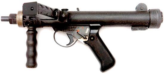 Sterling Mk VII с дополнительной рукояткой