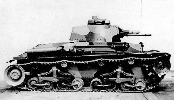 Первый серийный танк LT vz.35. 1936 год.