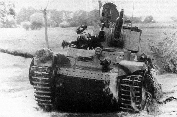 Немецкие экипажи осваивают чехословацкую технику.