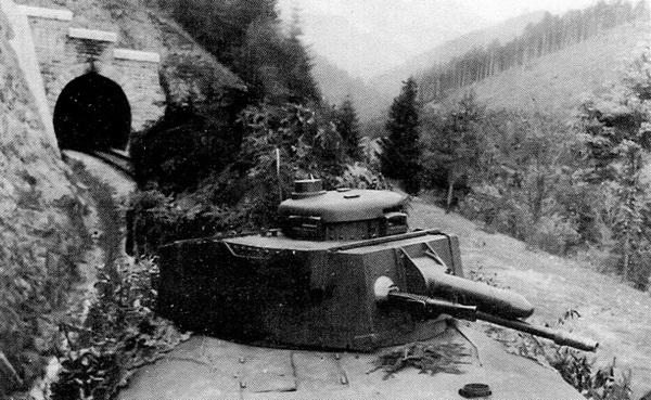 Некоторое количество башен, снятых с неисправных или переоборудованных танков Pz.35(t), использовалось на бронепоездах.