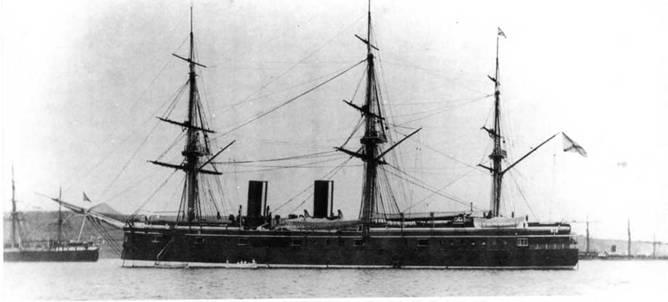 """""""Дмитрий Донской"""" в Нагасаки (два фото вверху) и в Сингапуре. Конец 1880-х гг."""