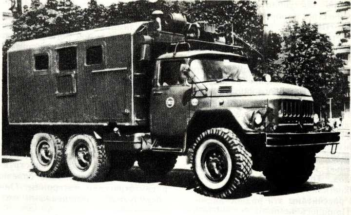 63. ЗИЛ-131 с кузовом-фургоном К-131
