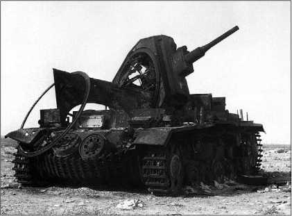 Pz.III Ausf.H подбитый огнем британской артиллерии. Северная Африка, 1941 год.