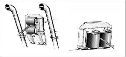 Блок направляющих роликов грузового троса.