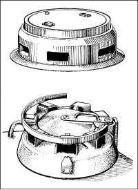 Командирские башенки танков: Ausf.D — вверху и Ausf.A и G — внизу.