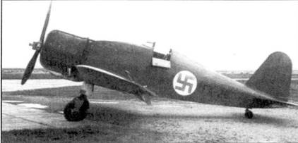 Истребитель Фиат G.50 с бортовым кодом «FA-26», аэродром Каухава, 27 июля 1940г. Позже пи этой машине летал Ойва Туоминен, сбивший в составе 1/LLv-26 13 советских самолетов.