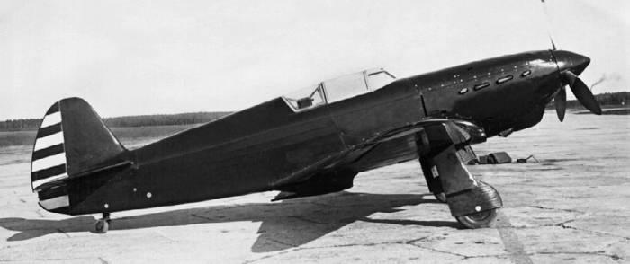 И-26–2 – второй прототип Як-1 с мотором М-105П и винтом ВИШ-61